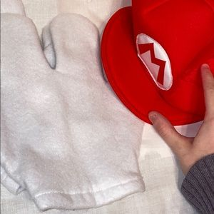 Mario Hat and Gloves costume